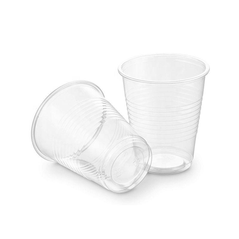 Прозрачные стаканы